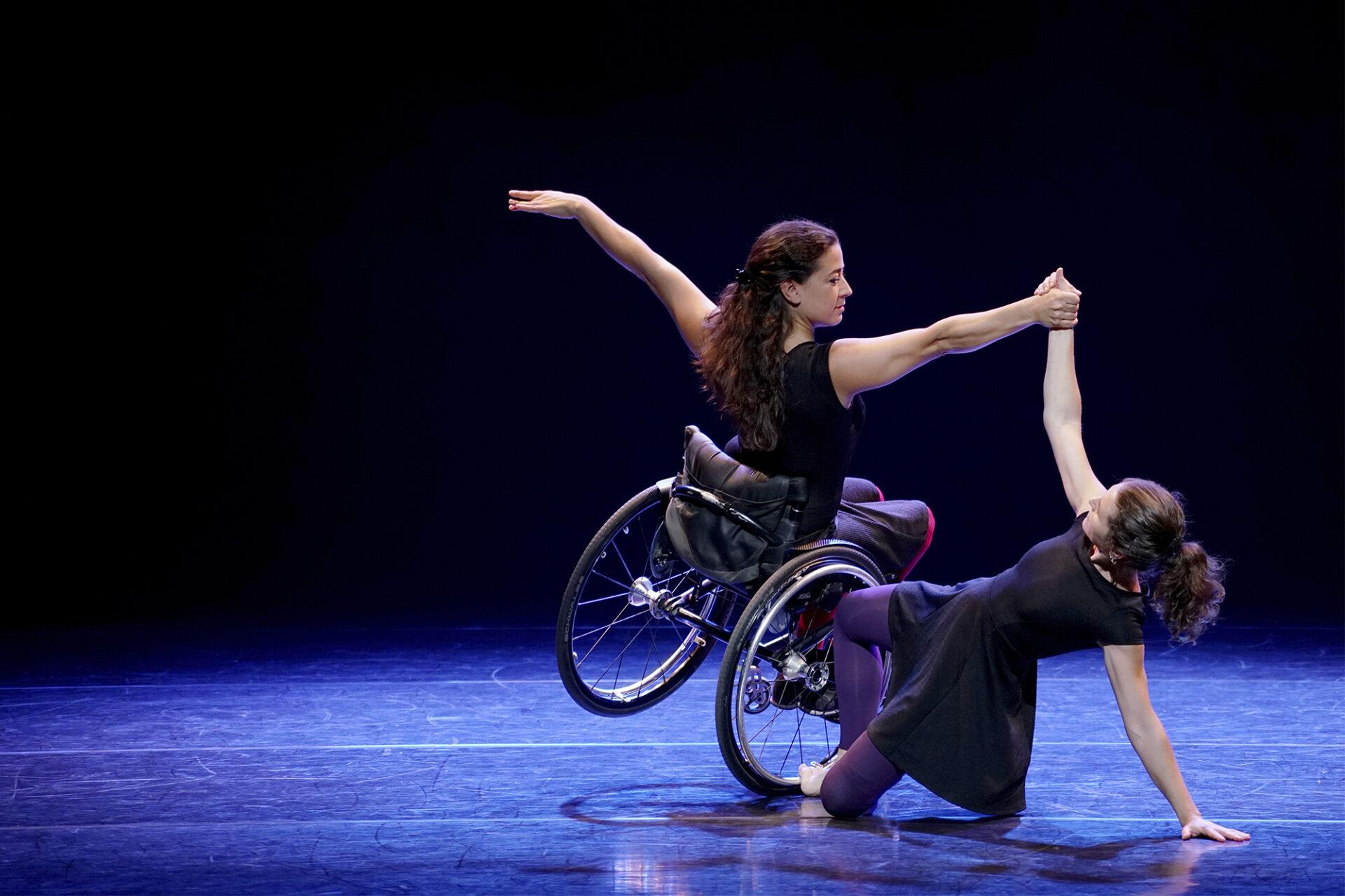 Ciclamen Cia. Yurdance Espectacle de dansa