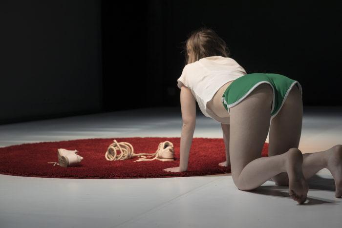 LO.LI.TA / LA MORT Cia. La Taimada Espectacle de dansa contemporània